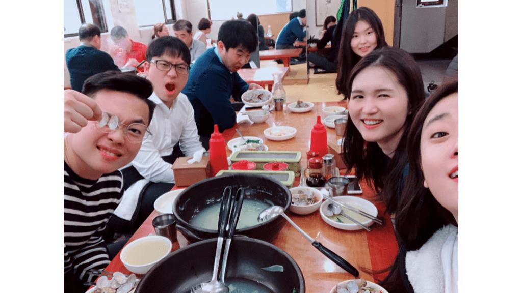 메디블록 랜덤 점심 식사 문화 칼국수